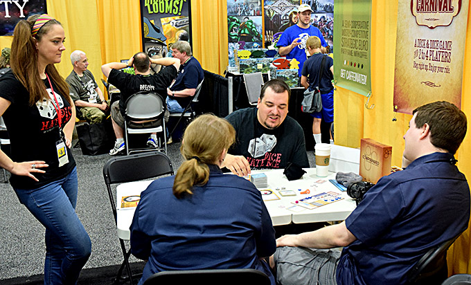 This was one of my favorite moments of the con - a couple of minutes before Ken Grazier proposed to his girlfriend Sam during a game of Compounded.