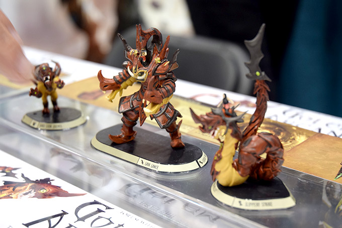 A closer look at some Golem Arcana miniatures.