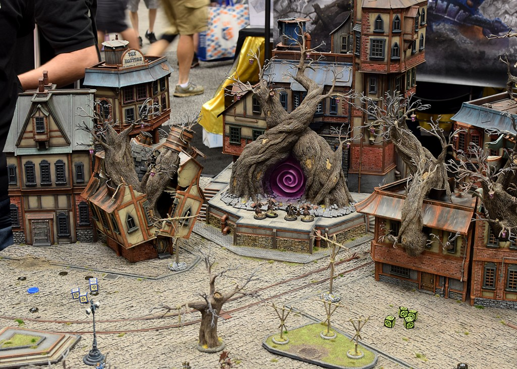 I love miniature displays like this, and they are all over Gen Con.